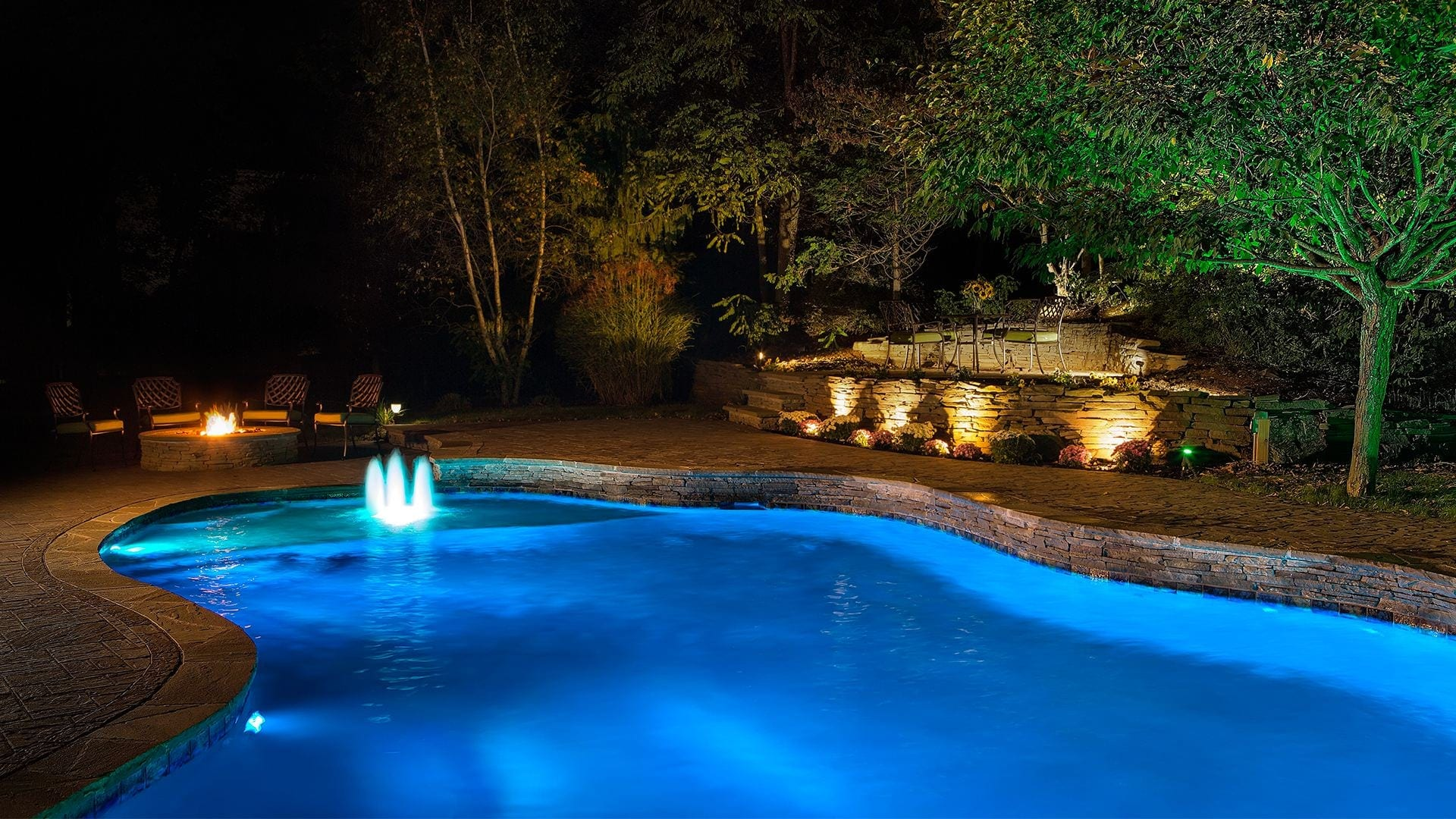 Pool Construction Houston, Texas - Creative Pool Designs Express