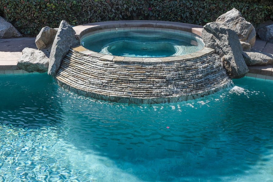 What are the top trends for pools this season for Best pool designs 2016